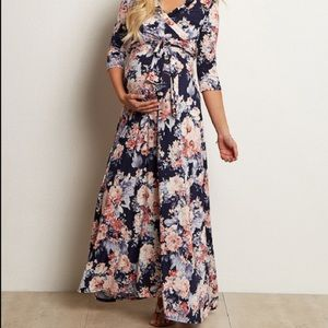 NWOT Pinkblush floral maxi with 3/4 length sleeve